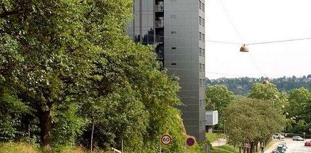 Collegebygning slår dørene op
