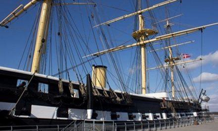 Fregatten fattes penge