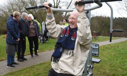 Udendørs træningsbane til ældre indviet