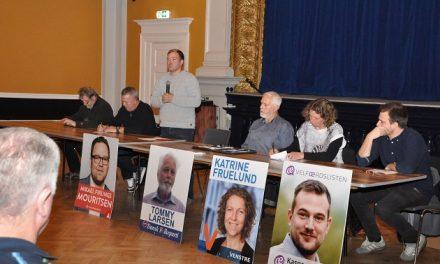 Få et overblik over debatten på Dinavis.dk