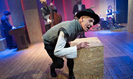 Udsolgt teaterkoncert kommer igen på Randers Egnsteater til januar