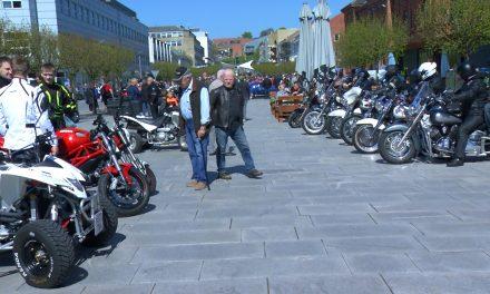 Forårsparade for motorcykler på Østervold