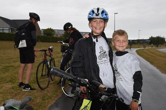 Tobias og Gustav cyklede Randers Ugen i gang