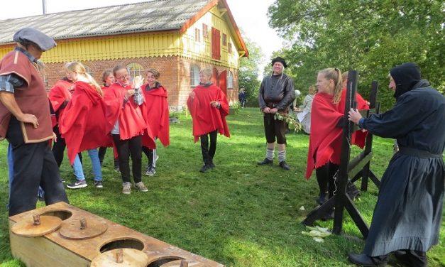 Konfirmandrollespil ved Fussingø Slot