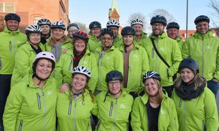 Cykelambassadører byder på rundstykker