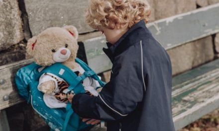 Brugte skoletasker fra Randers hjælper børn til et bedre liv på nettet