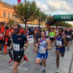 Løb eller gå med i Randers City Stafet
