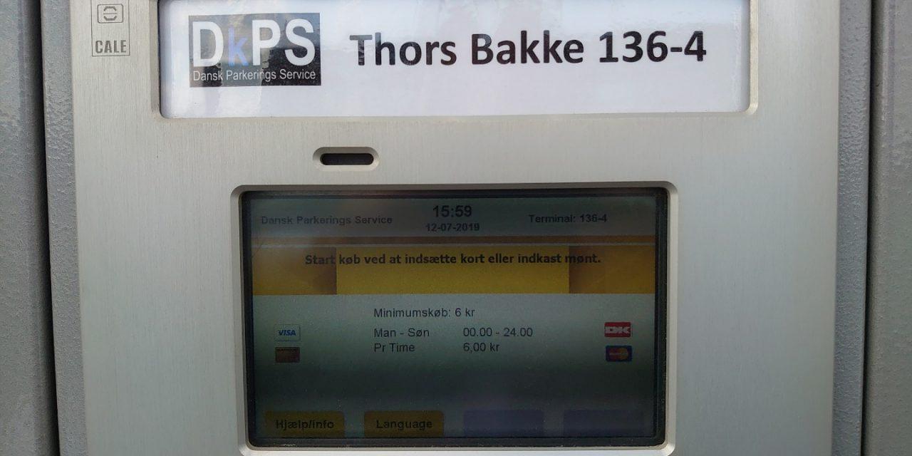 Slut med gratis parkering på Thors Bakke