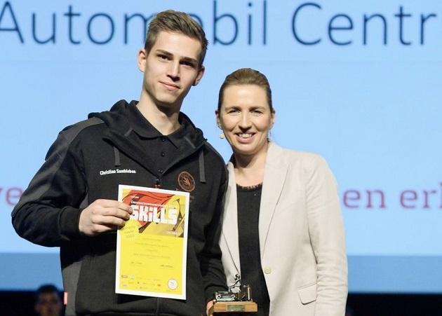 Stolt 21-årige vinder DM i Skills for karosseriteknikere