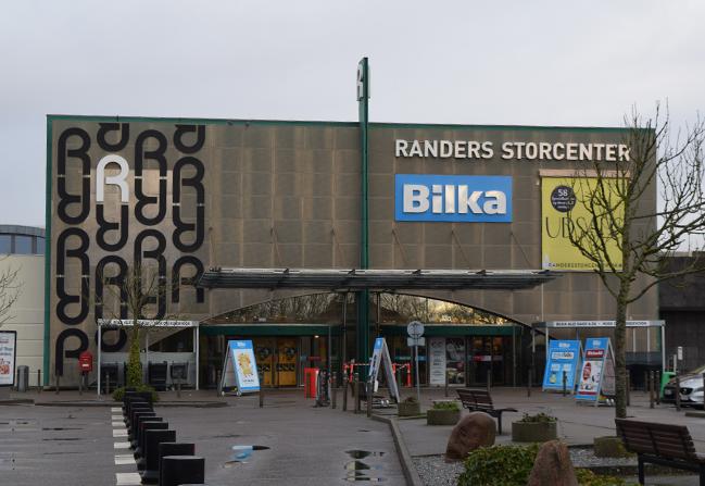 Vidner søges efter indbrud i guldsmed i Randers Storcenter