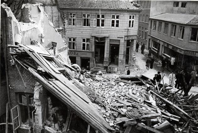 En tur i tiden med modstandsfolk, stikkere og bomber